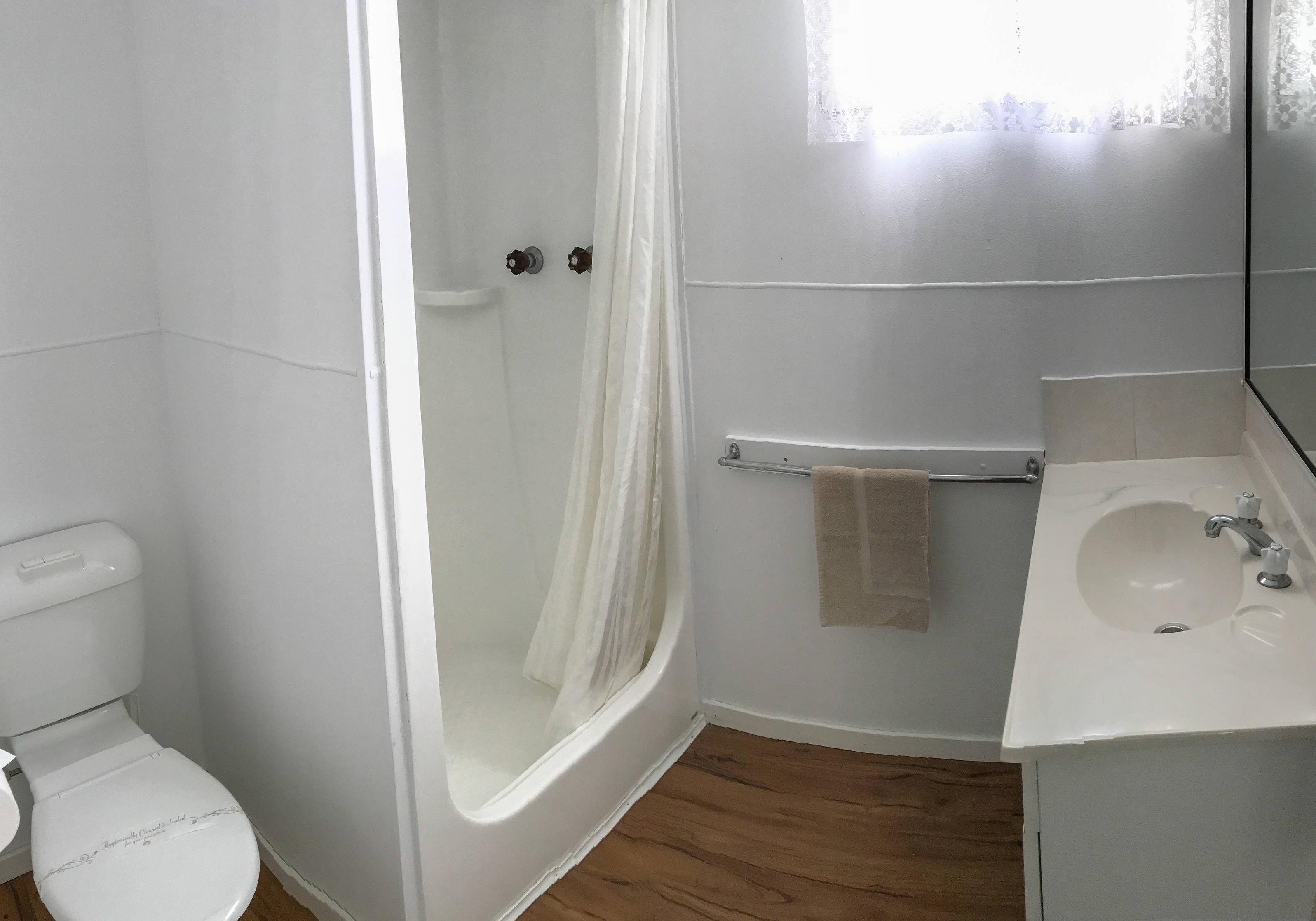 Cabin 53 - Bathroom